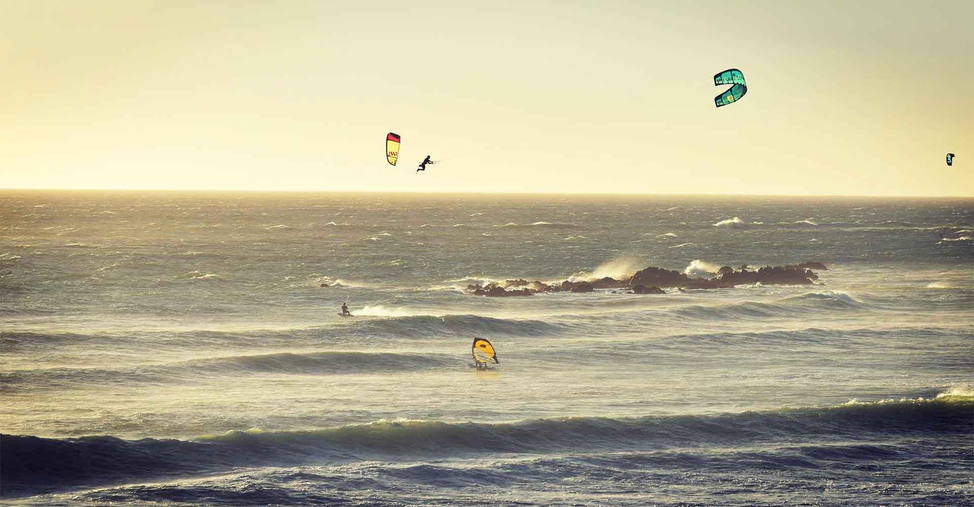 Gusty Kitesurfing School